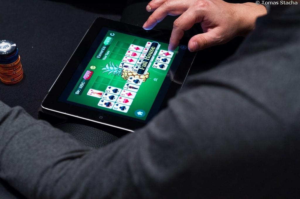 Ini Dia Tips Melakukan Bluffing di Permainan Poker Online